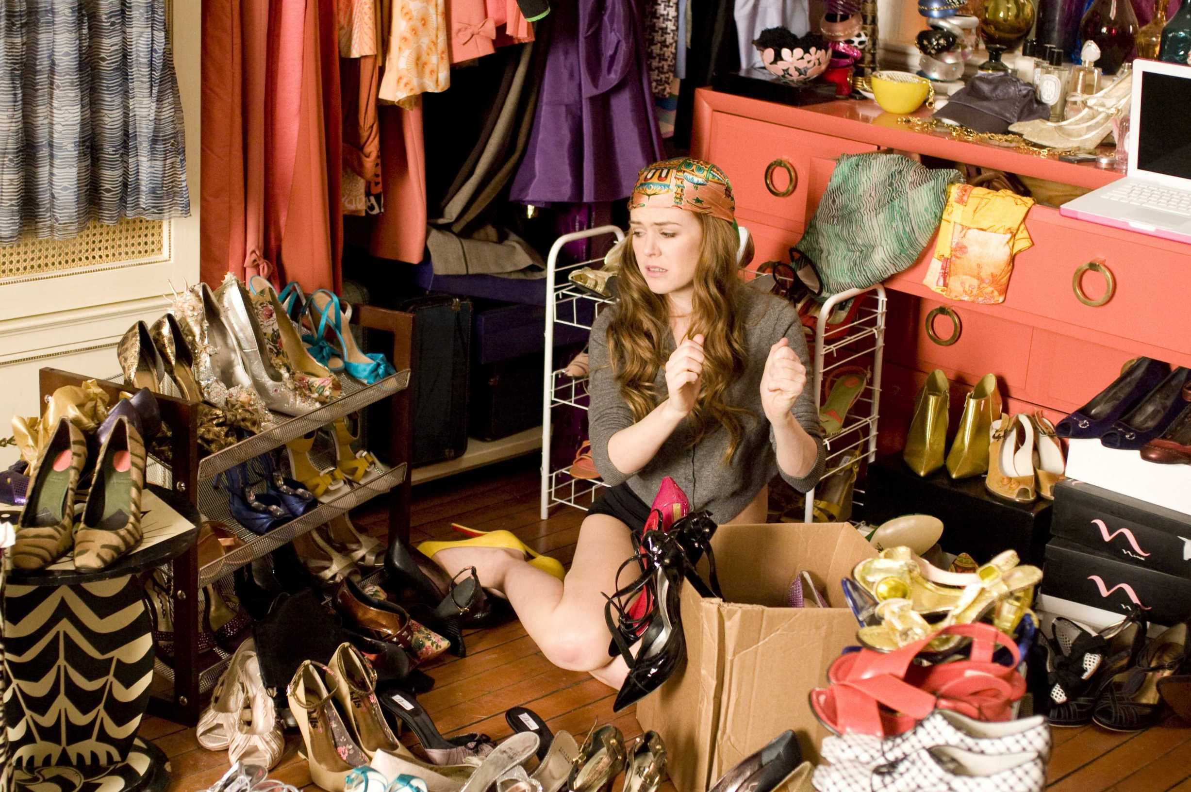 """CONFESSIONS OF A SHOPAHOLIC"" Isla Fisher Ph: Robert Zuckerman © Touchstone Pictures and Jerry Bruckheimer, Inc. All Rights Reserved."